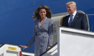 Άφιξη Ντόναλντ - Μελάνια Τραμπ στις Βρυξέλλες: Μαγνήτισε όλα τα βλέμματα η «πρώτη κυρία»