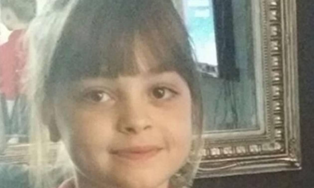Manchester: «Η μητέρα της 8χρονης Σάφι δεν γνωρίζει ότι το παιδί της είναι νεκρό»