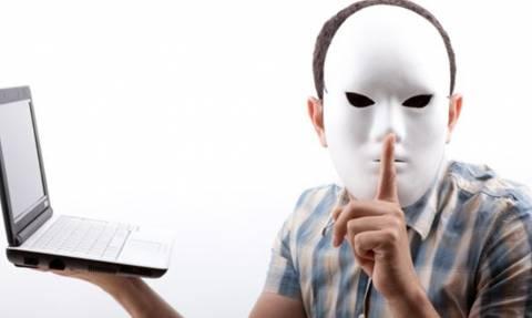 Число выступающих за отмену анонимности в интернете россиян выросло почти вдвое