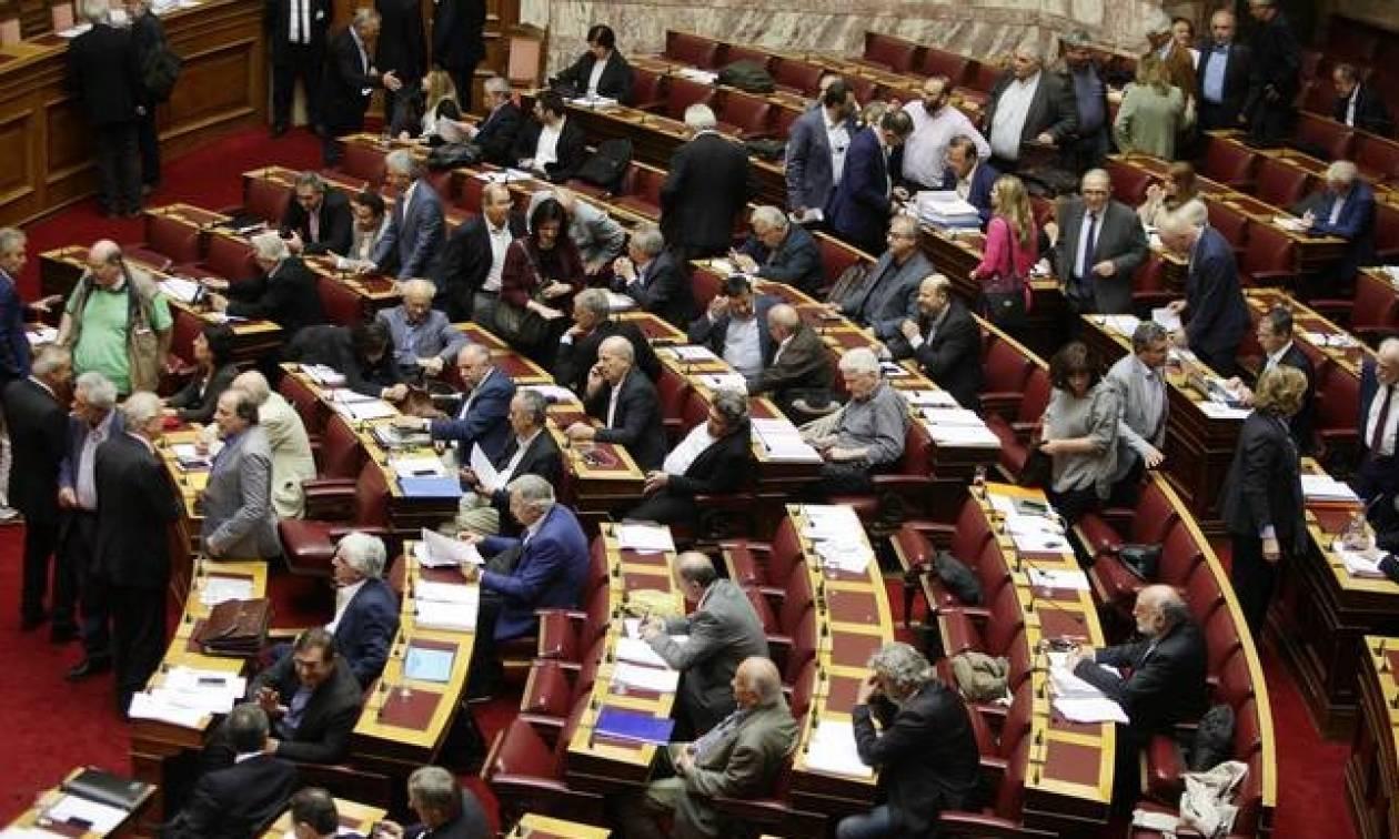 Απίστευτο: 28 βουλευτές του ΣΥΡΙΖΑ ζητούν κατάργηση διάταξης που ψήφισαν πριν μια εβδομάδα!