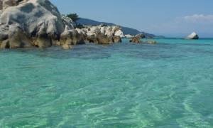 Ποια παραλία είναι η... Χαβάη της Ελλάδας; (pics)