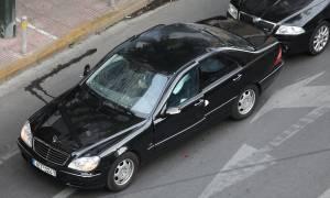 Λουκάς Παπαδήμος: Συναγερμός στην Αντιτρομοκρατική για το χτύπημα κατά του πρώην πρωθυπουργού