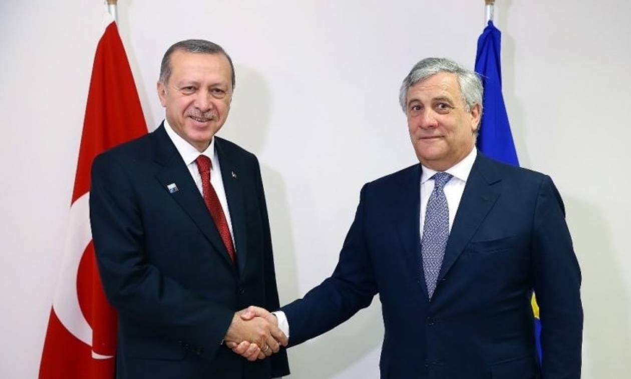Ταγιάνι σε Ερντογάν: Η ΕΕ ανησυχεί για το ενδεχόμενο επαναφοράς της θανατικής ποινής