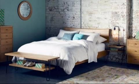 Οκτώ πρωτότυπες ιδέες για κομοδίνα κατάλληλα για μικρά υπνοδωμάτια (pics)