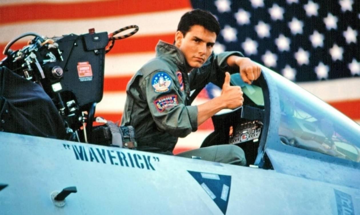 Τομ Κρουζ: Ξαναβάζει τη... στολή του πιλότου και επιστρέφει στο Top Gun!