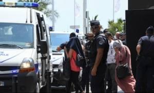 Κάννες: Συνέλαβαν δέκα γυναίκες που ήθελαν να κολυμπήσουν με μπουρκίνι (vid)
