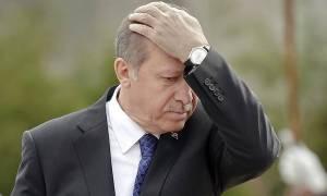 Θρίλερ με την υγεία του Ερντογάν: Υποβασταζόμενος στη σύνοδο του ΝΑΤΟ (vid)
