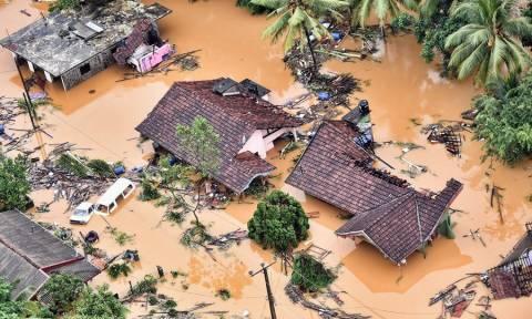 Δραματικές εικόνες στη Σρι Λάνκα: Τουλάχιστον 146 νεκροί από τις πλημμύρες και τις κατολισθήσεις