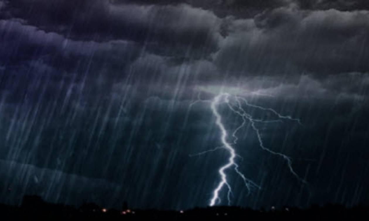 Καιρός ΤΩΡΑ: Έκτακτο δελτίο της ΕΜΥ - Ποιες περιοχές θα «σαρώσει» η κακοκαιρία σε λίγες ώρες