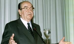 Κωνσταντίνος Μητσοτάκης: Ποιος ήταν ο πρώην πρωθυπουργός - Δείτε τα βίντεο