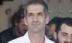 Κωνσταντίνος Μητσοτάκης: Με ένα ποίημα «αποχαιρετά» τον παππού του ο Κώστας Μπακογιάννης