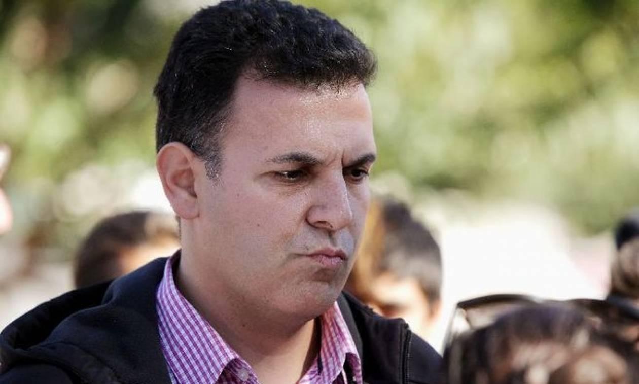 Τα «μάζεψε» ο Καραμέρος: Χυδαία παρερμηνεία στο tweet μου για τον Κωνσταντίνο Μητσοτάκη