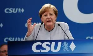 Μέρκελ: Ξεχάστε τους άλλους, η Ευρώπη θα παλέψει μόνη της