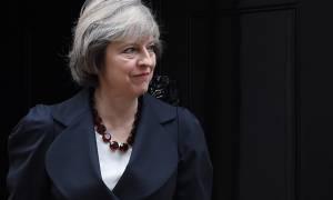 Τερέζα Μέι: Oι διαπραγματεύσεις για το Brexit θα αρχίσουν τη 19η Ιουνίου