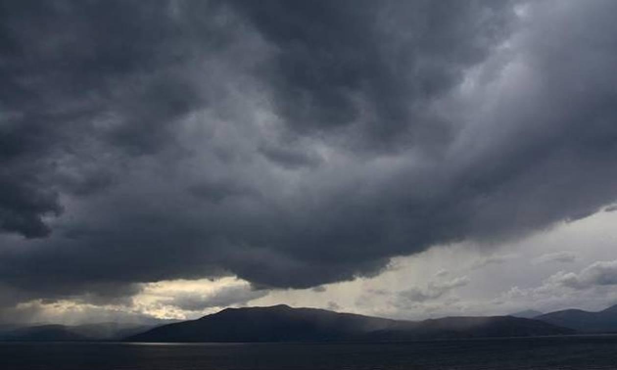 Καιρός σήμερα: To «φθινόπωρο» επιμένει - Δείτε πού και πότε θα σημειωθούν καταιγίδες (pics)