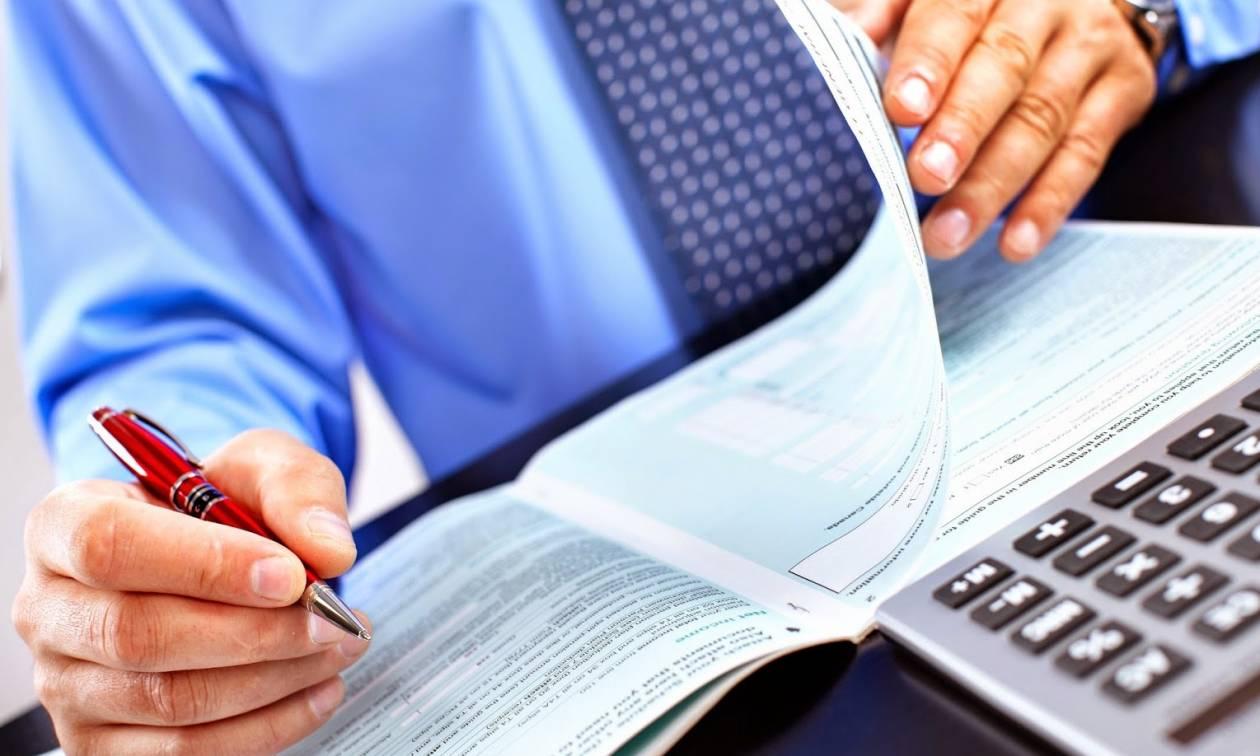 Φορολογικές δηλώσεις: Πώς μπορείτε να γλιτώσετε φόρο – Ποια τα δικαιολογητικά