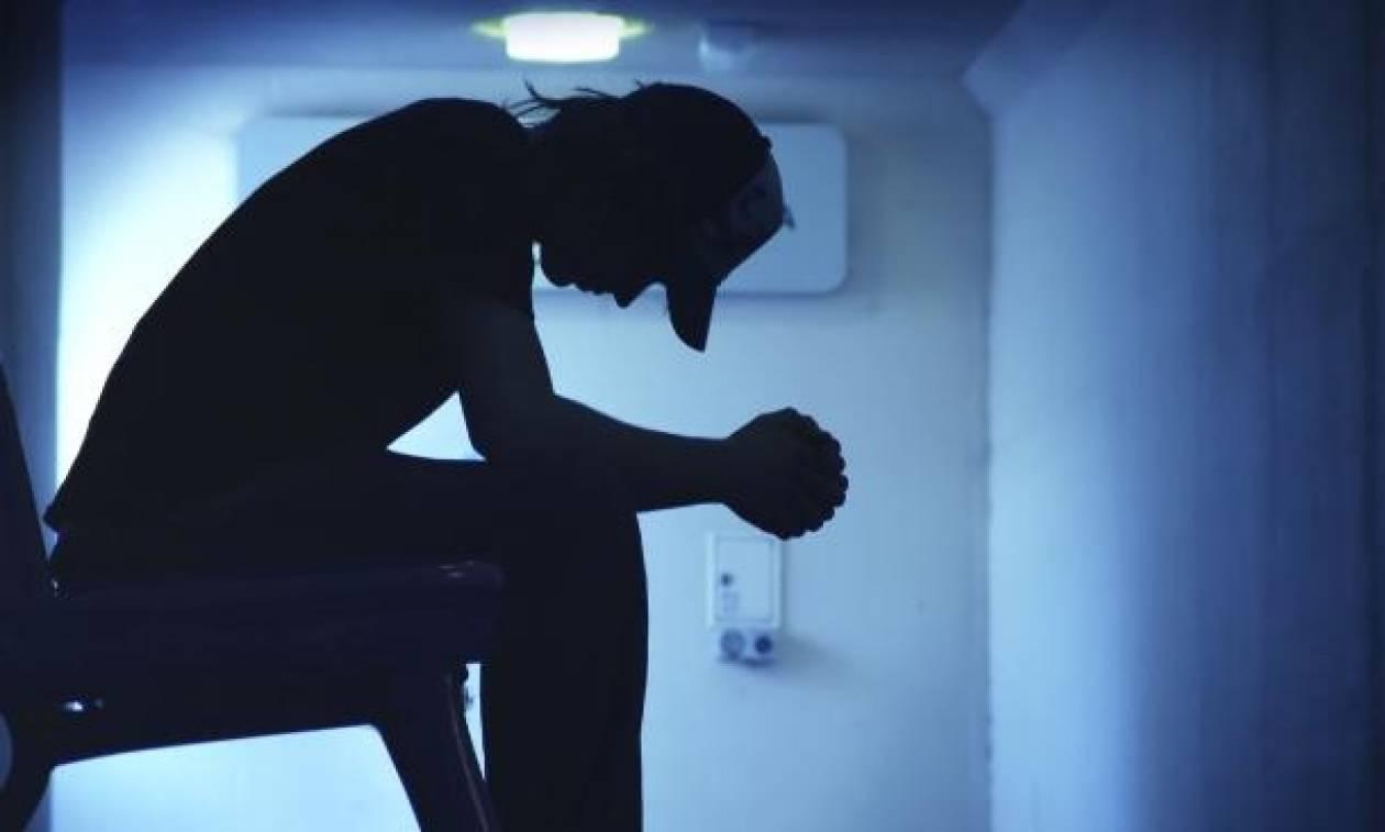 Συμμορία γυναικών απήγαγε και βίασε 23χρονο