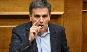 Τσακαλώτος από Economist: Οι δανειστές να ξεκαθαρίσουν την θέση τους για το ελληνικό χρέος