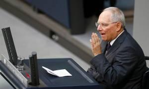 Die Welt: Σε αδιέξοδο ο Σόιμπλε – Η Ελλάδα έχει με το μέρος της ΔΝΤ και ΕΚΤ