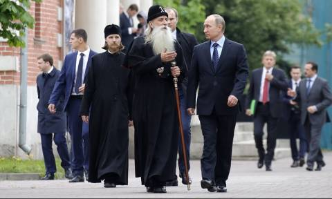 Путин посетил старообрядческий Рогожский духовный центр в Москве
