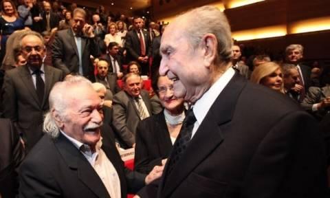 Γλέζος: Είχα υποχρέωση να αποχαιρετήσω τον Κωνσταντίνο Μητσοτάκη