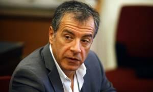 Θεοδωράκης: Πρέπει να χτυπήσουμε το κακό στη ρίζα του