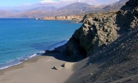 Αυτή είναι η αγαπημένη παραλία όλων των ερωτευμένων