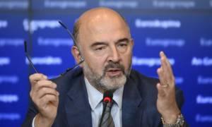 Μοσκοβισί καλεί δανειστές: Σταματήστε να παίζετε με τη φωτιά