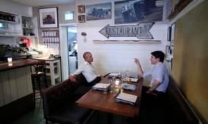 Τα είπαν χωρίς... γραβάτες Τριντό - Ομπάμα στο Μόντρεαλ!
