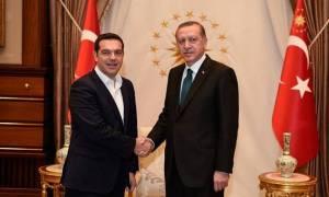 Σοβαρή καταγγελία: Ο Τσίπρας παραδίδει στον Ερντογάν Τούρκους που ζητούν άσυλο