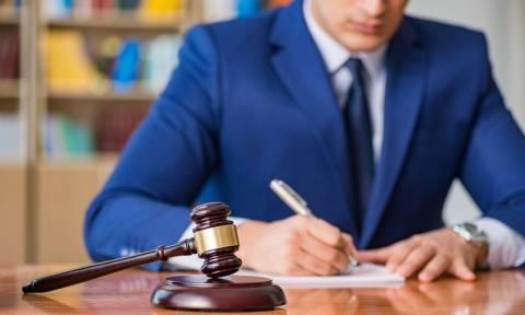 ΙΣΑ: Προσφυγή στον εισαγγελέα για παράνομες εξετάσεις ιατρικής βιοπαθολογίας