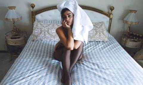 Η κόρη του Λευτέρη Πανταζή ολόγυμνη στο μπάνιο! (photo)
