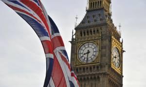 Βρετανικές εκλογές: Το Brexit και η κυβέρνηση Μέι, α λα Τσίπρας – Καμμένος