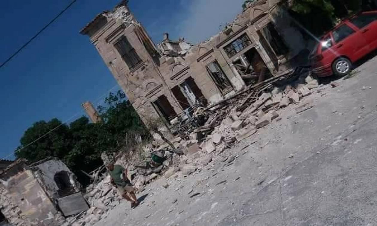 Ισχυρός σεισμός 6,3 Ρίχτερ στη Μυτιλήνη: Κατέρρευσαν σπίτια - Σώα η εγκλωβισμένη γυναίκα