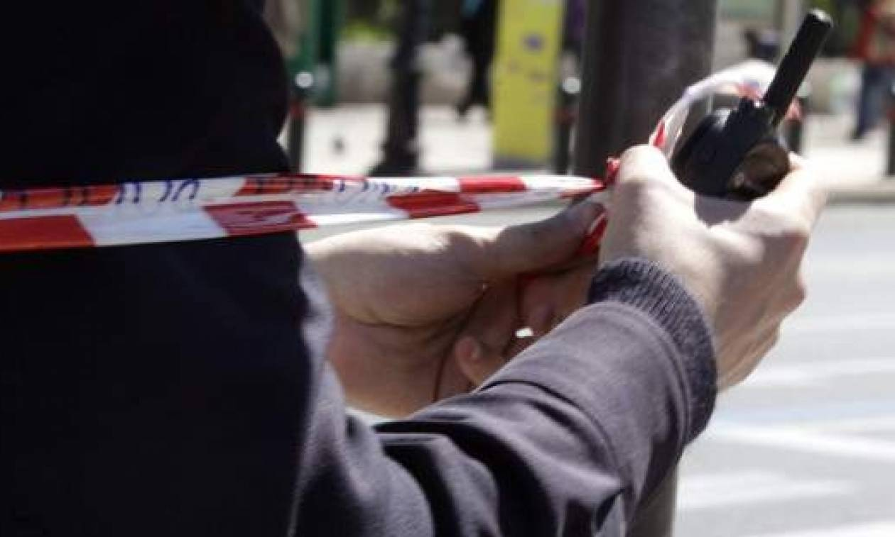 Μέλη του Ρουβίκωνα κατέλαβαν τα γραφεία της Πανελλήνιας Ομοσπονδίας Ξενοδόχων