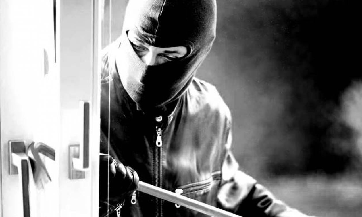 Ιεράπετρα: Έκλεψε δυο φορές το ίδιο σπίτι με συνολική λεία 47.800 ευρώ!