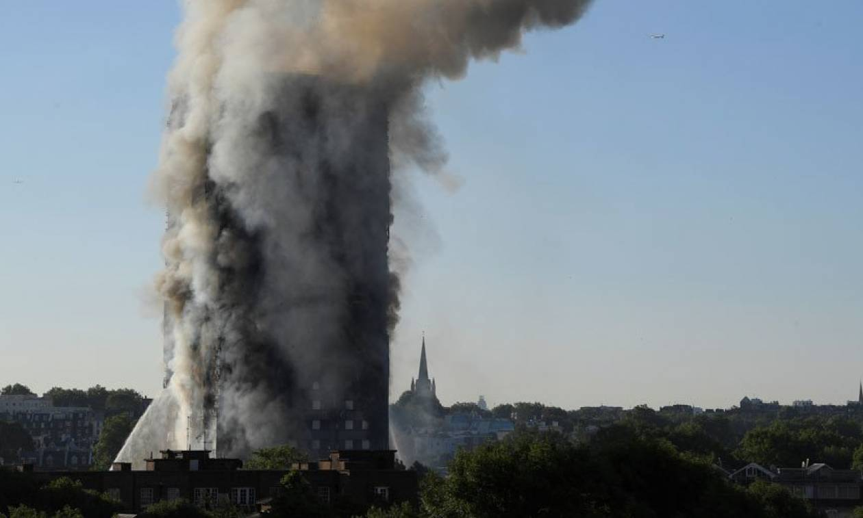 Grenfell Tower: Αύξηση των νεκρών αναμένει η αστυνομία από τη φωτιά στον ουρανοξύστη του Λονδίνου