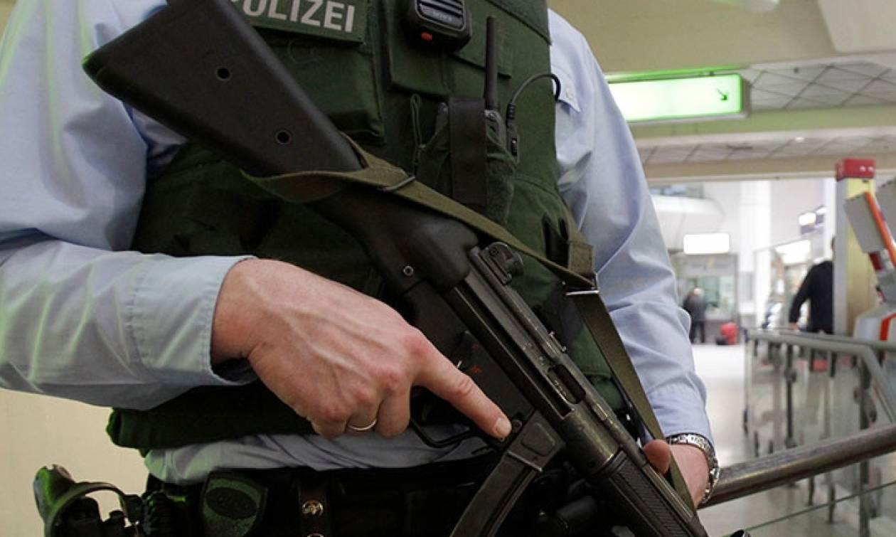 Λήξη συναγερμού στο Βερολίνο: Δεν φαντάζεστε τι περιείχε η «ύποπτη» βαλίτσα!