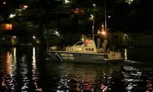 ΤΩΡΑ: Πυρκαγιά σε φορτηγό πλοίο που πλέει κοντά στη Ρόδο