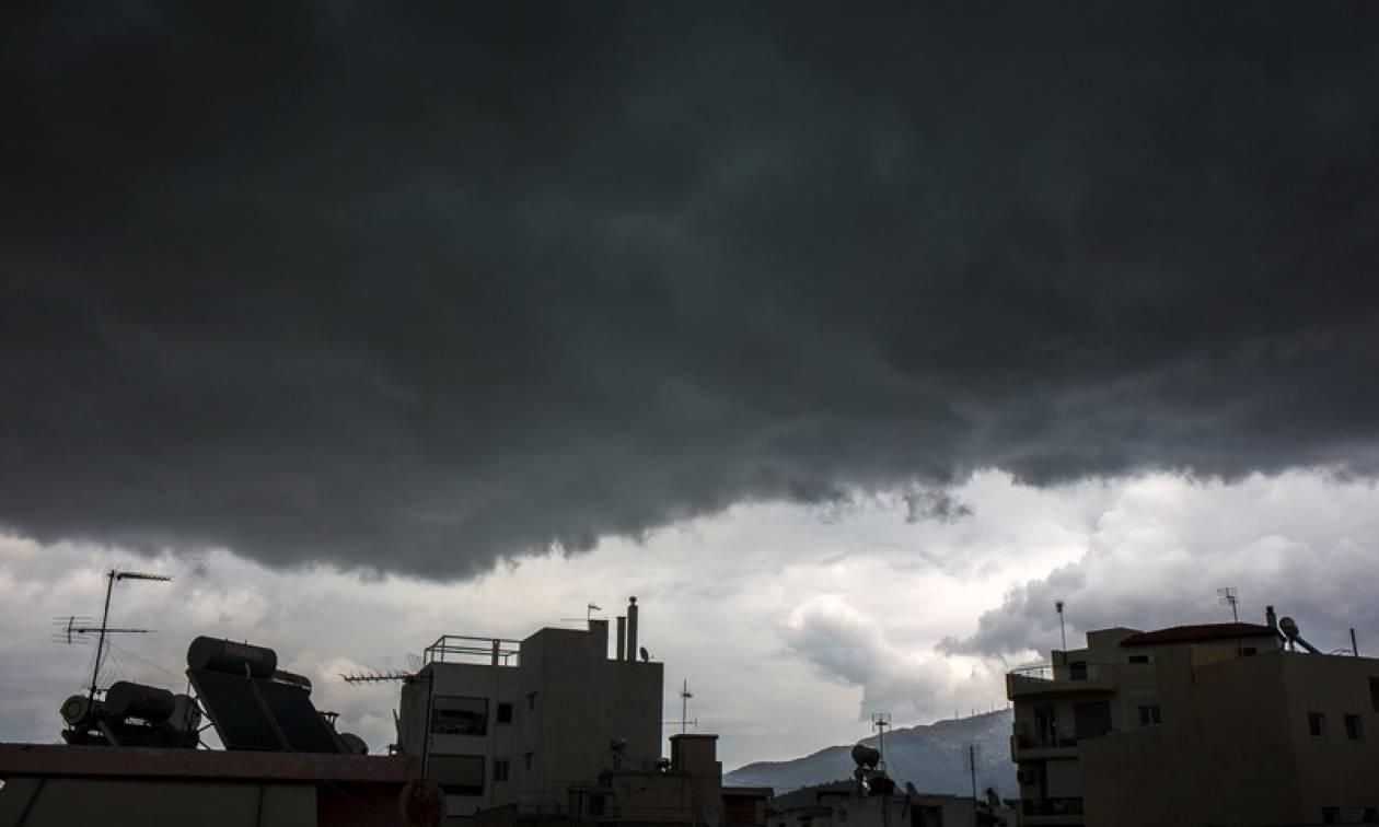 Καιρός τώρα: Νέο έκτακτο δελτίο - Με σφοδρές καταιγίδες και χαλαζοπτώσεις η Παρασκευή (pics)