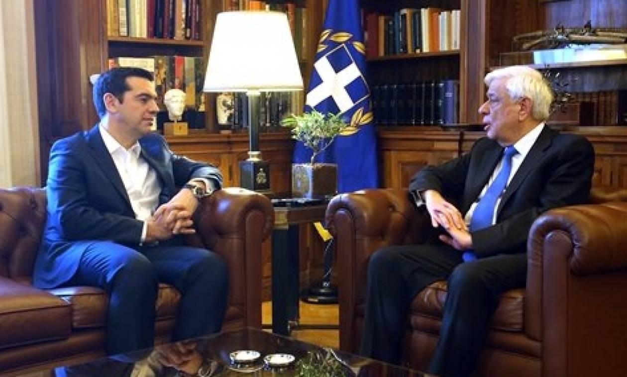 Τσίπρας σε Παυλόπουλο για Eurοgroup: «Δόθηκε σήμα εμπιστοσύνης στις αγορές» (vid)