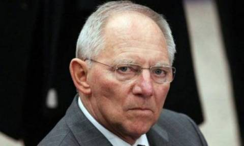 Σόιμπλε: Ζητάμε από την Ελλάδα πολλά