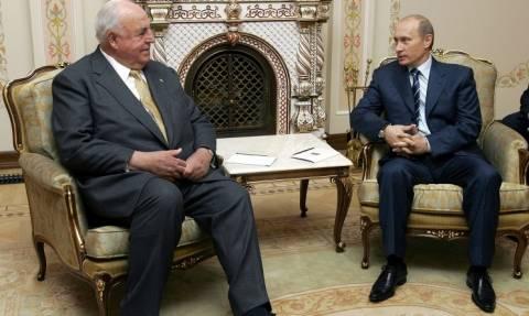 Путин: Гельмута Коля будут помнить как сторонника дружественных отношений ФРГ и России