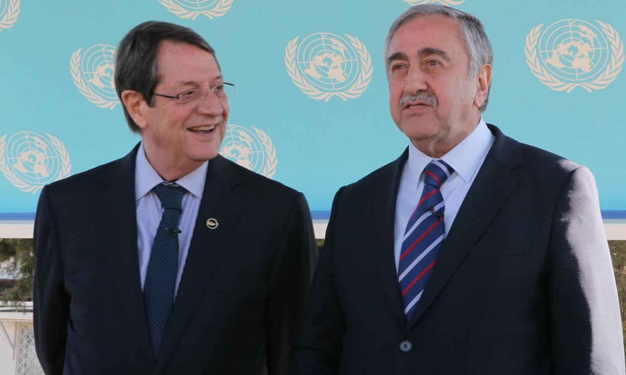 Κυπριακό: Αποφασιστικότητα για λύση εκφράζουν Αναστασιάδης και Ακιντζί