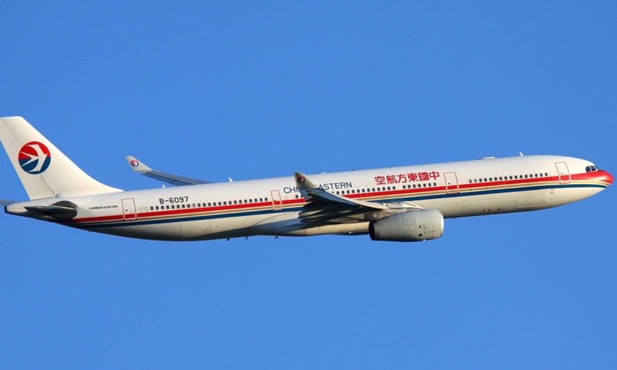 Τρόμος στον αέρα: Τουλάχιστον 26 τραυματίες από αναταράξεις σε πτήση