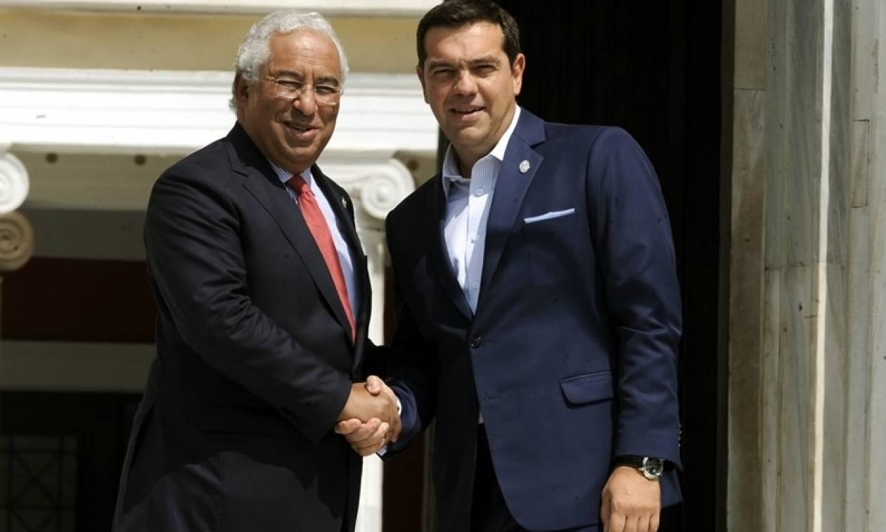 Τσίπρας σε Πορτογάλο πρωθυπουργό: Θα σας προσφέρουμε κάθε αναγκαία βοήθεια