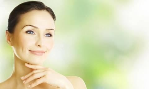Ανέξοδες στρατηγικές για πιο νεανικό δέρμα