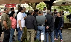 Χαμός στη Βέροια: Αγρότες τα «έψαλαν» στον Αποστόλου - «Άλλα μας έλεγε στα μπλόκα»