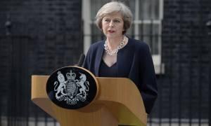 Βρετανία: Με την Τερέζα Μέι «αποδυναμωμένη» ξεκινάνε οι διαπραγματεύσεις για το Brexit