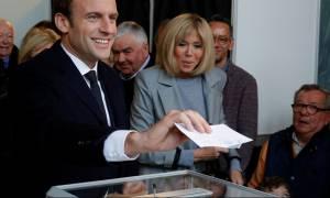 Εκλογές Γαλλία: Θρίαμβος για Εμανουέλ Μακρόν